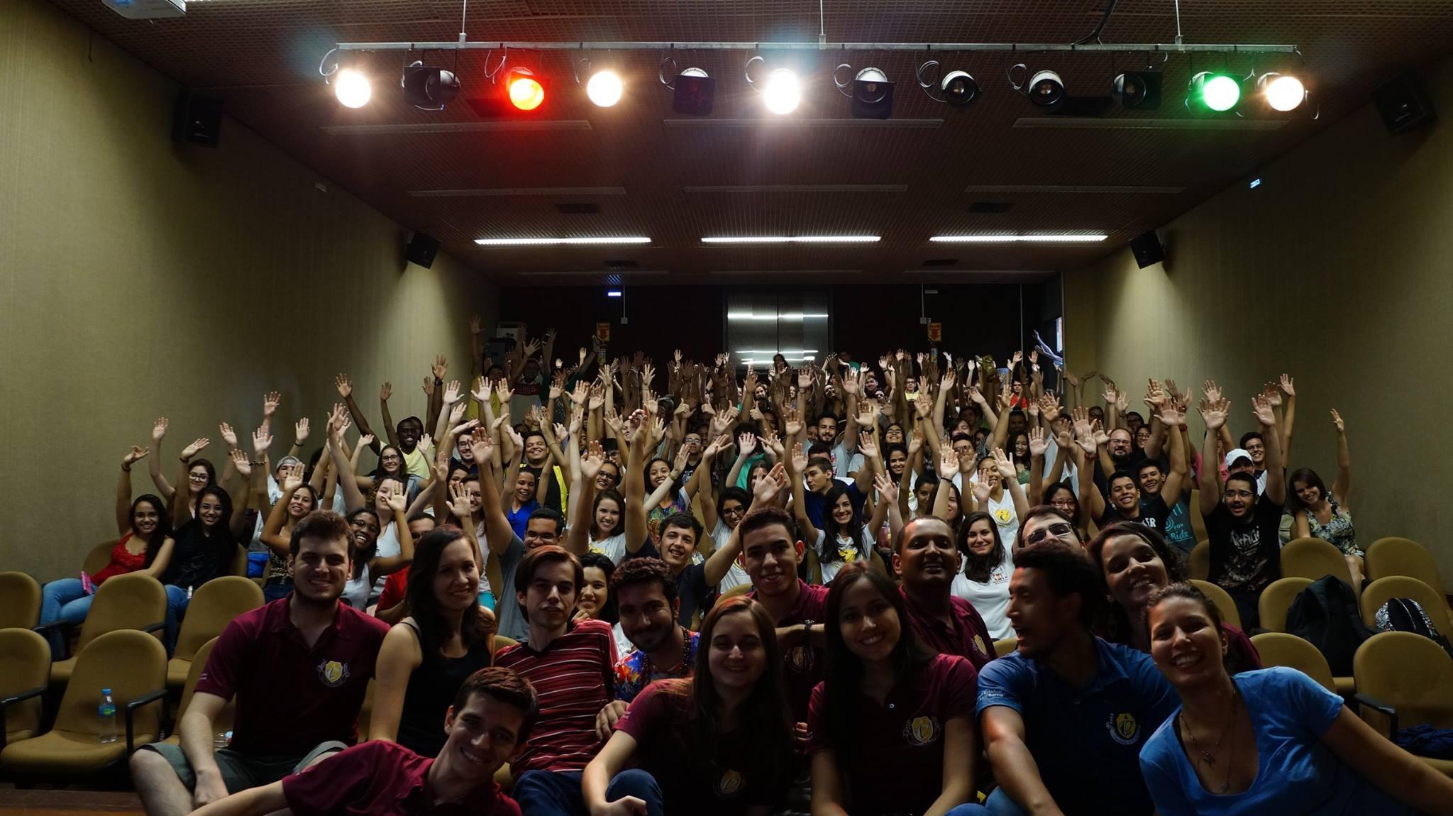 Foto da turma presente no Aulão do ENEM 2015